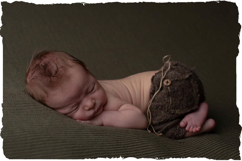 Super schattige baby, gemaakt door babyfotograaf in de Liemers